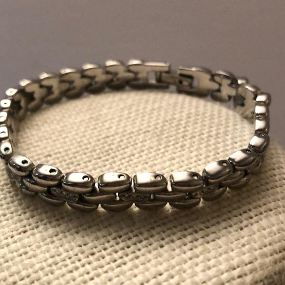Vintage stainless steel bracelet/w rhinestones